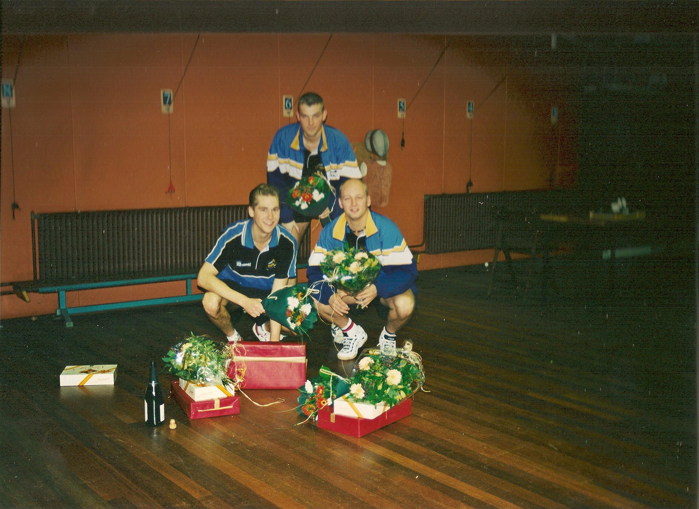 H1-2000-kampioen-1e-divisie